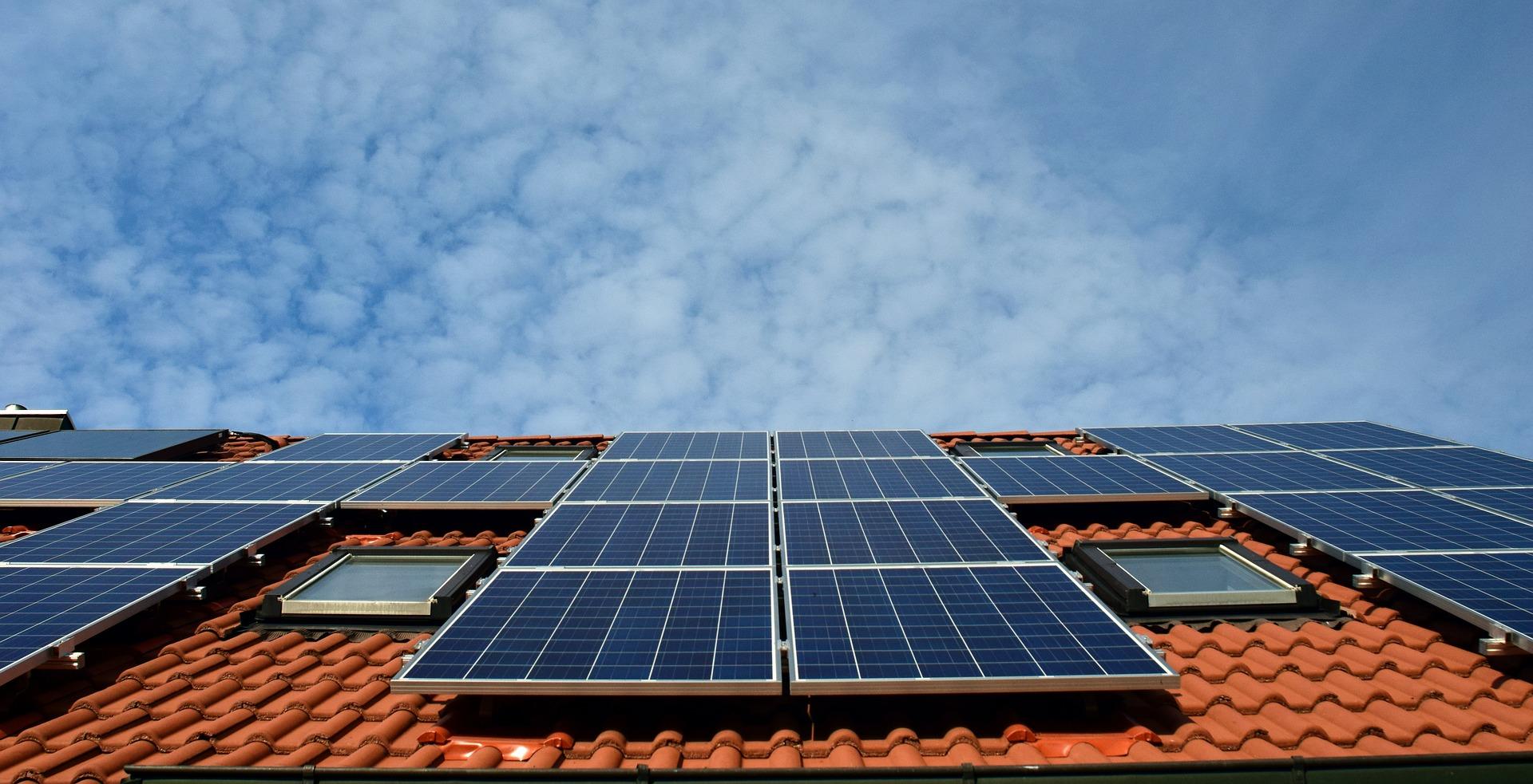 Panneaux Solaires : Une Maison Plus écolo